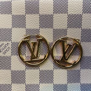 Louis Vuitton Hoops ✨✨✨